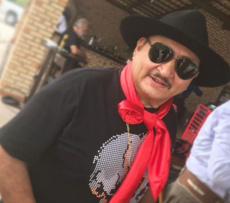 Dedim Gouveia, cantor e sanfoneiro, morre aos 61 anos com Covid-19, em Fortaleza
