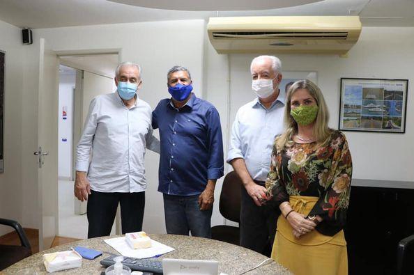 29/07: Ivana Bastos e prefeitos tratam de demandas na Seinfra