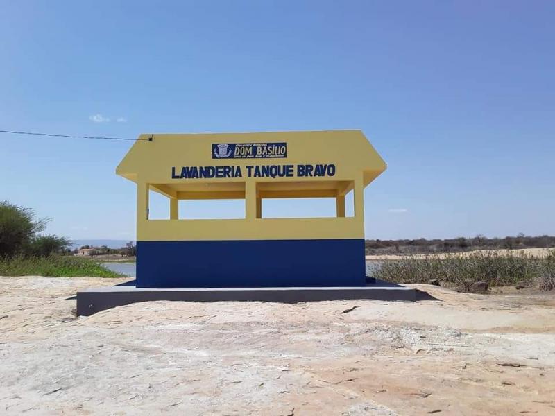 Dom Basílio: Inauguração da Lavanderia Pública em Tanque Bravo