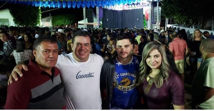 Deputado Marquinho Viana participa do Santo Antônio de Caraíbas