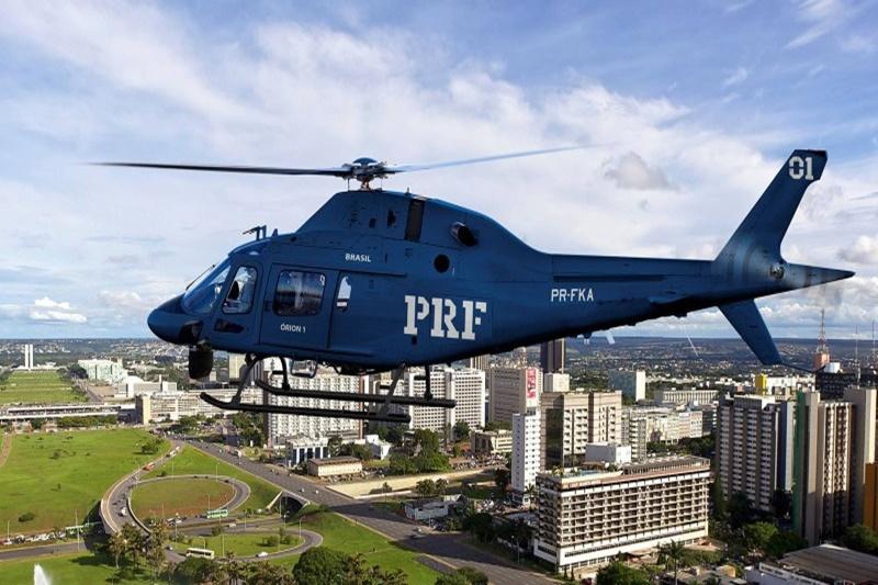 'País quebrado' de Bolsonaro gastou R$ 150 milhões em helicópteros para a PRF em 2020